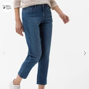 BRAX Feel Good Mary S Ankle Blue Jeans 34